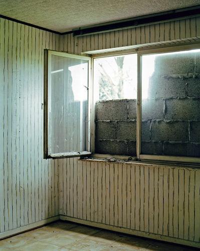 Fenster, Inden, Aug. 2002 (aus: Orte ohne Wiederkehr)