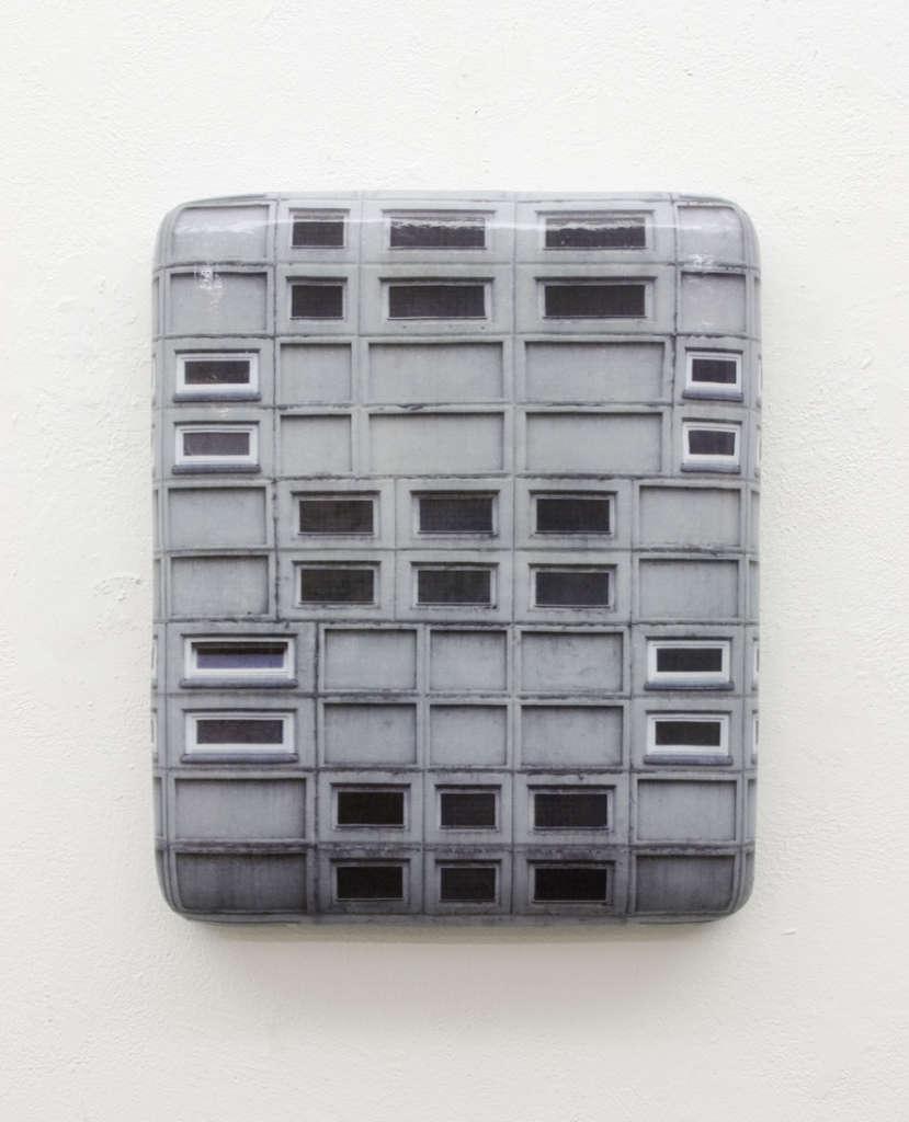 Hein Spellmann: Fassade VPTS1, 2008, Holz, Schaumstoff, CLC-Print, Silikon, 37 x 30 x 9 cm