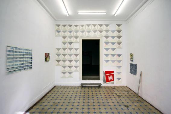 Flat, 2011, Ausstellungsansicht, Oberwelt, Stuttgart