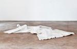 vertrautes Terrain, 2011, Packpapier, Farbe, Folie, 245 x 360 x 35 cm