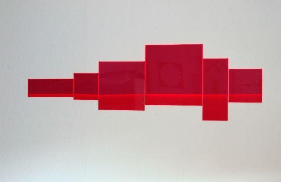 horizont 05_2012_6-teilig_fluoreszierendes plexiglas_auflage 5 + e.a._44 x 140 x 1 cm