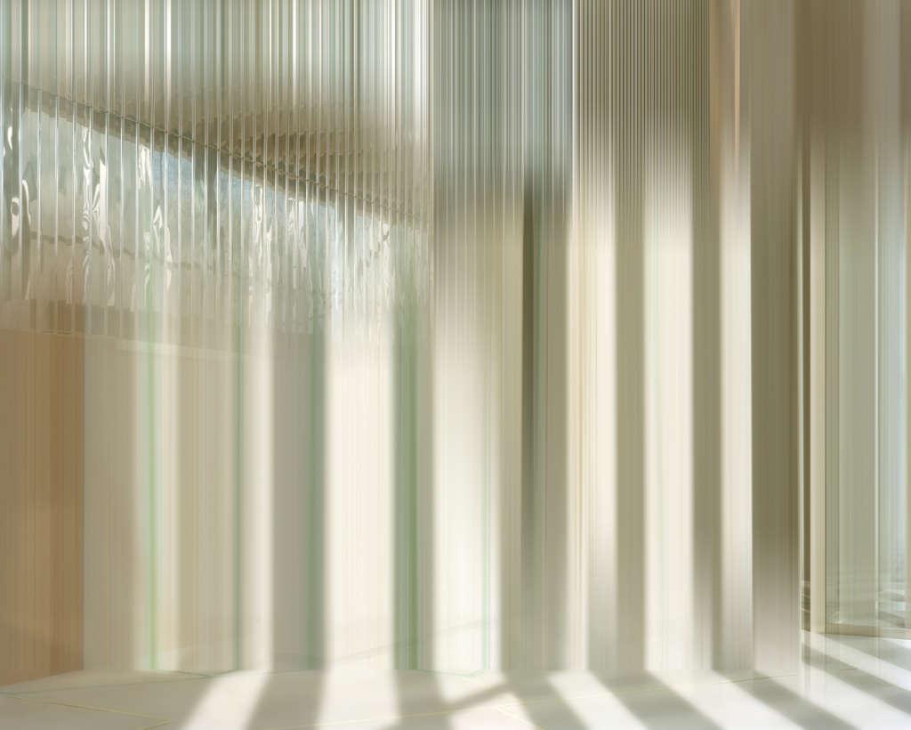 Wirtschaftswunder, 2014, 166 x 206cm, c-print, plexiglass, woodframe