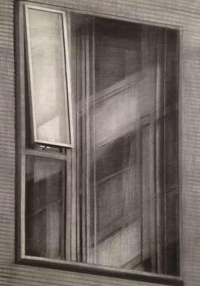Window, 2012, Kohle auf Papier, 76,5 x 53,5 cm
