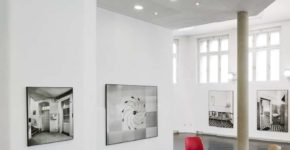 """Ausstellungsansicht MARGHERITA SPILUTTINI """"raumräumen"""" © Iris Ranzinger"""