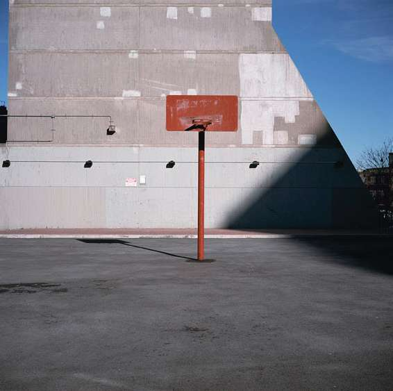 MORRISANIA AIR RIGHTS, BRONX (Thirtyfour Basketball Courts), 2011 © Charles Johnstone / Courtesy Jörg Maaß Kunsthandel