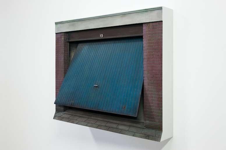 Garage, 2017, MDF, Alkyd Verf., 53 x 60 x 23 cm