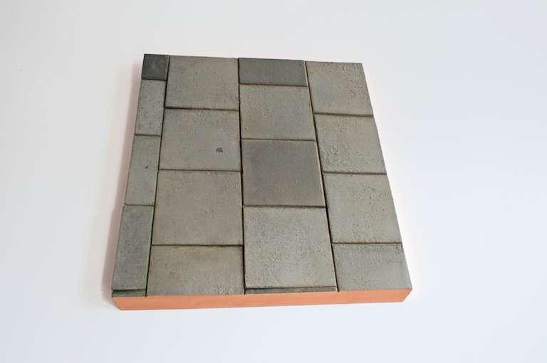 Same old footpath, 2016, MDF, cement, bladkoper, alkyd verf., 50 x 45 x 3 cm, edition of 5 EDITIE VAN 5