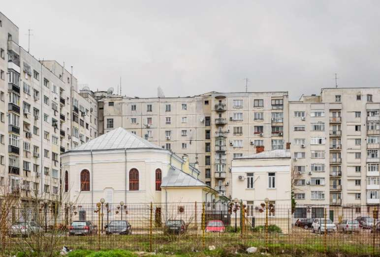 "Anton Roland Laub, Serie ""Mobile Churches"", 2013-2017"