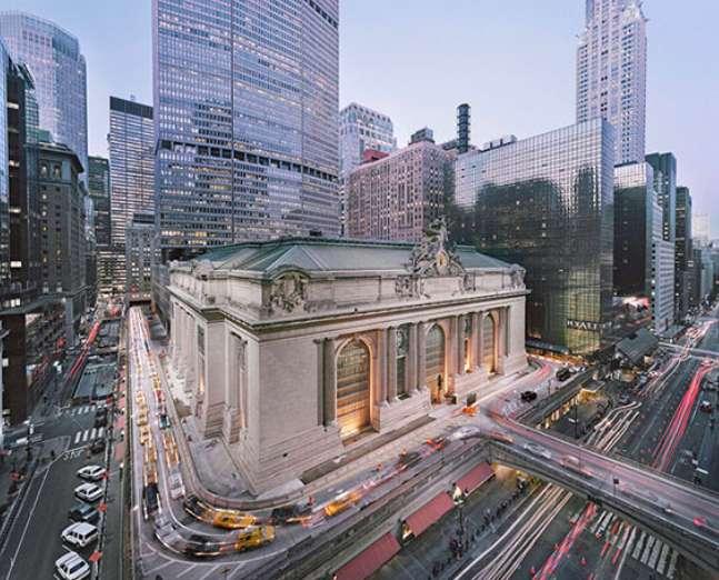 Christian Höhn Grand Central Terminal, New York, 2014 Duratrans, LED-Leuchtkasten 180 x 222 x 19 cm